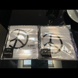 Peace love world sandwich bags. 2 bags Count 20